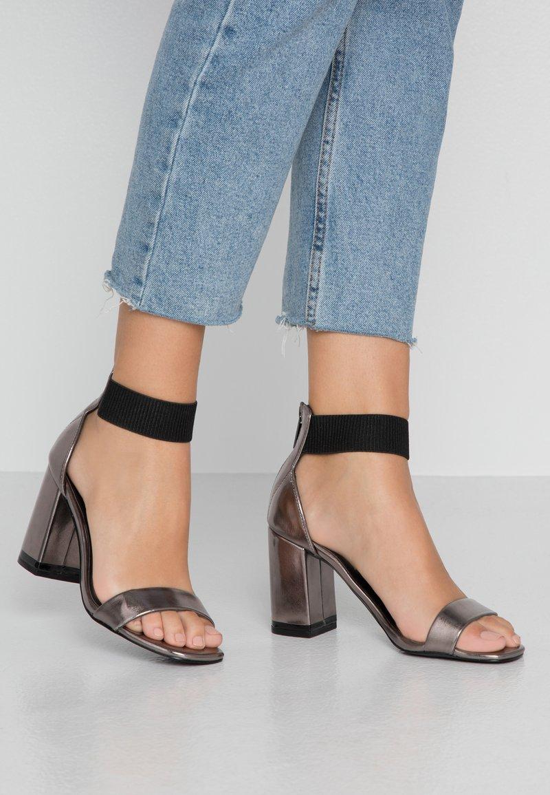 Even&Odd - Sandály na vysokém podpatku - gunmetal