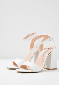 Even&Odd - Sandaler med høye hæler - white - 4