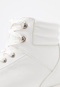 Even&Odd - Korkeavartiset tennarit - white - 2