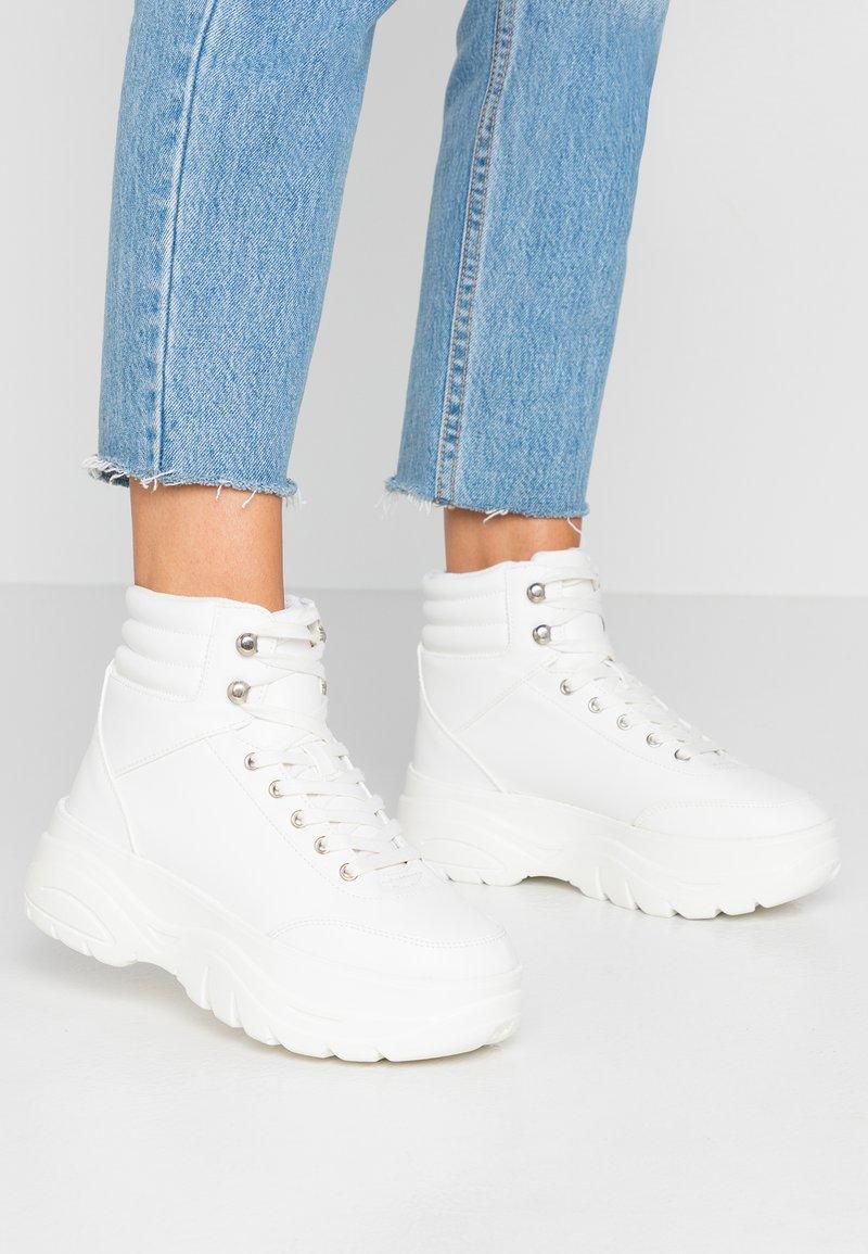 Even&Odd - Korkeavartiset tennarit - white