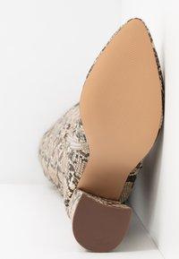 Even&Odd - Boots med høye hæler - brown/beige - 6