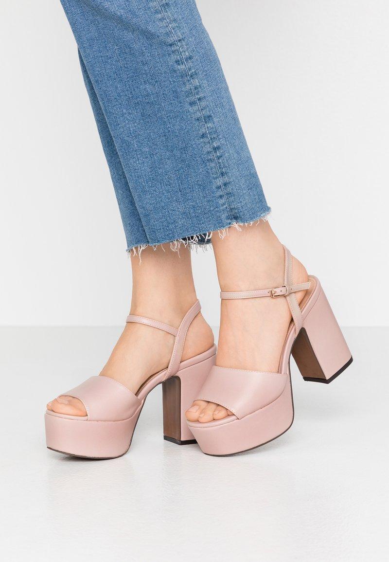 Even&Odd - Sandály na vysokém podpatku - nude
