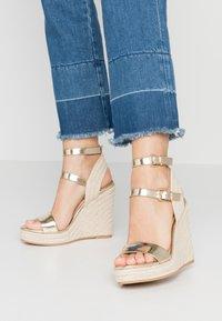 Even&Odd - Sandaler med høye hæler - gold - 0