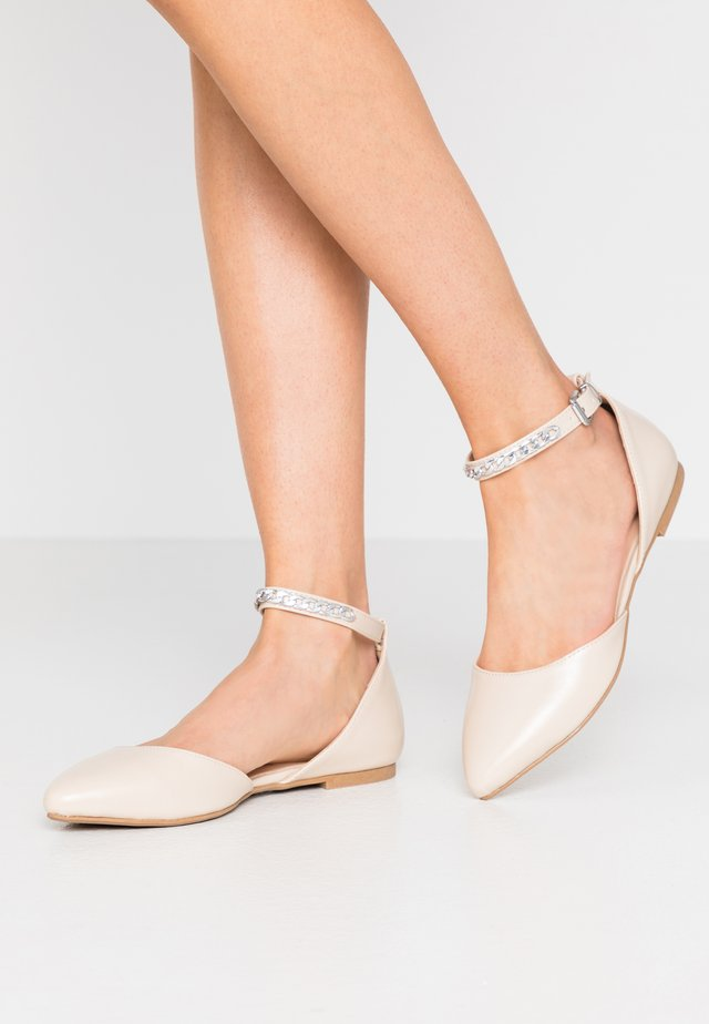 Ankle strap ballet pumps - offwhite
