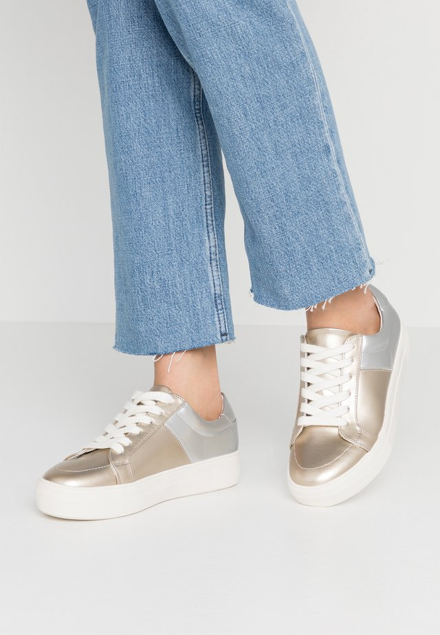 Sneakers basse - gold/silver