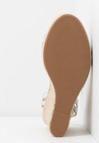 Even&Odd - Korolliset sandaalit - silver - 6