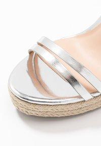 Even&Odd - Korolliset sandaalit - silver - 2