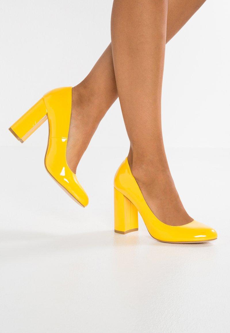 Even&Odd - Korolliset avokkaat - yellow