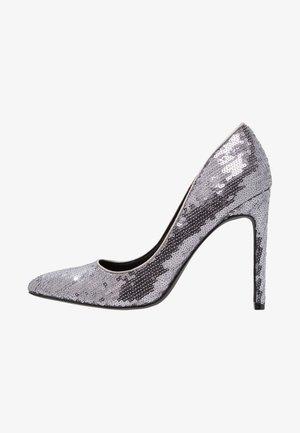 Zapatos altos - gunmetal
