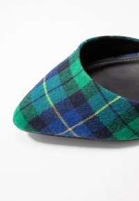 Even&Odd - Classic heels - green - 2