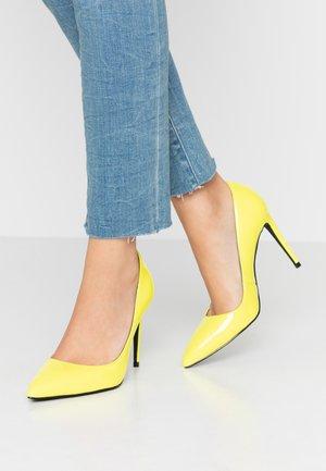 High heels - neon yellow