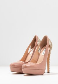 Even&Odd - Klassiska pumps - nude - 4