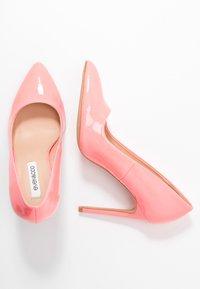 Even&Odd - Decolleté - neon pink - 3