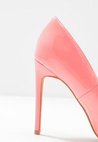 Even&Odd - Decolleté - neon pink - 2