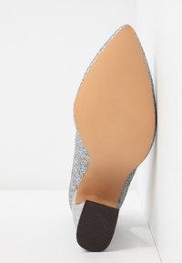 Even&Odd - High heels - silver - 6