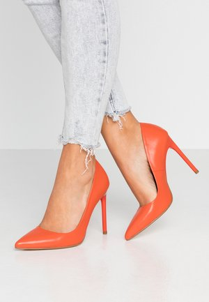 LEATHER PUMP - Høye hæler - orange