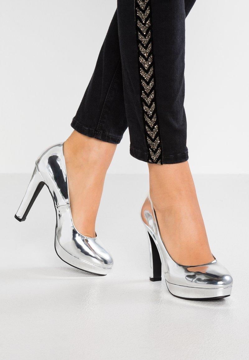 Even&Odd - Klassiska pumps - silver