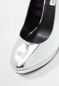 Even&Odd - Klassiska pumps - silver - 2