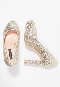 Even&Odd - Klassiska pumps - gold - 3