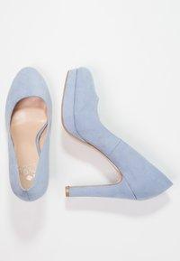 Even&Odd - Klassiska pumps - light blue - 2