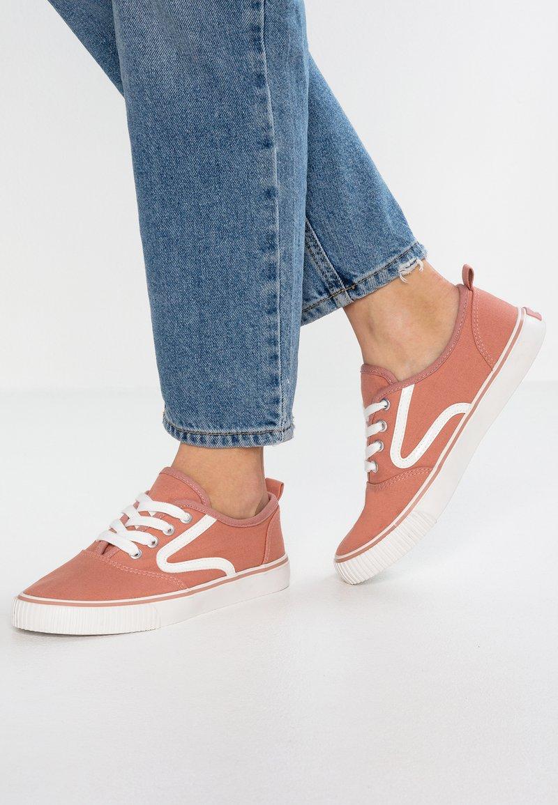Even&Odd - Sneakersy niskie - rose