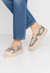 Even&Odd - Espadrilles - beige/brown - 0