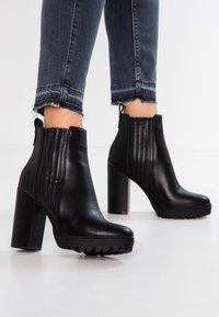 Even&Odd - Højhælede støvletter - black - 0