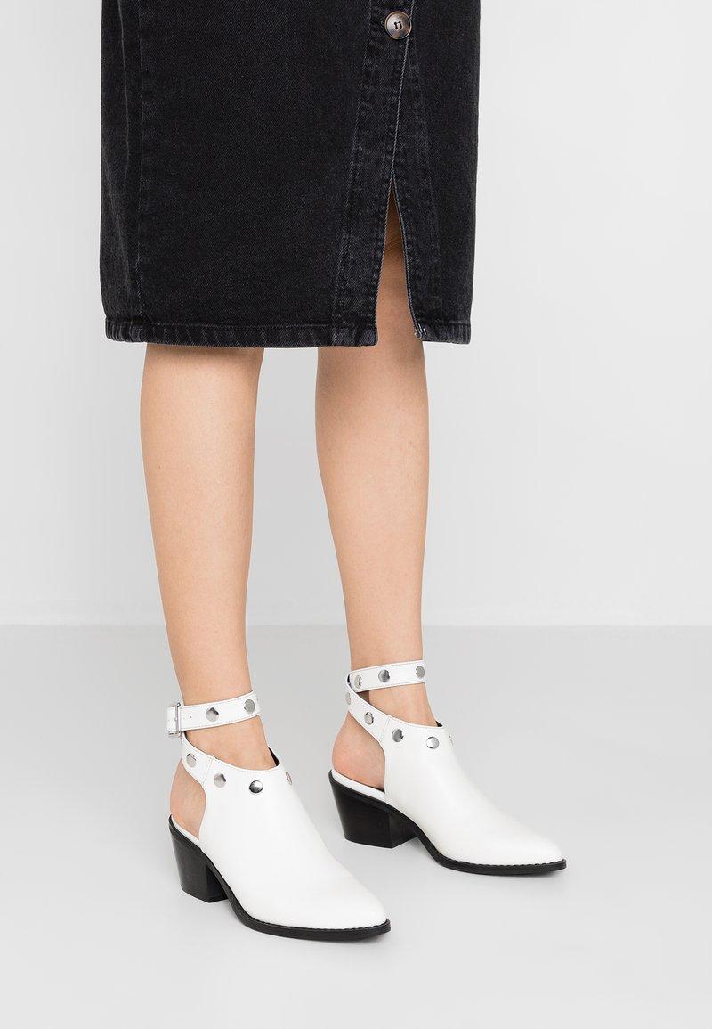 Even&Odd - Ankelstøvler - white
