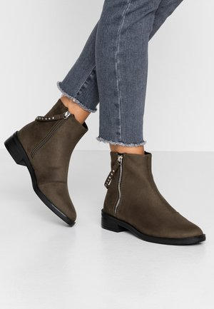 Classic ankle boots - khaki
