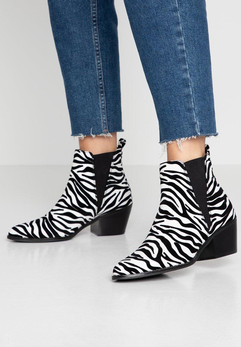 Even&Odd - Korte laarzen - white/black