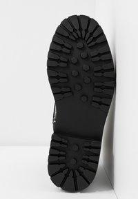 Even&Odd - Kotníkové boty na platformě - black/white - 6