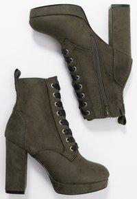 Even&Odd - Kotníková obuv na vysokém podpatku - khaki - 2