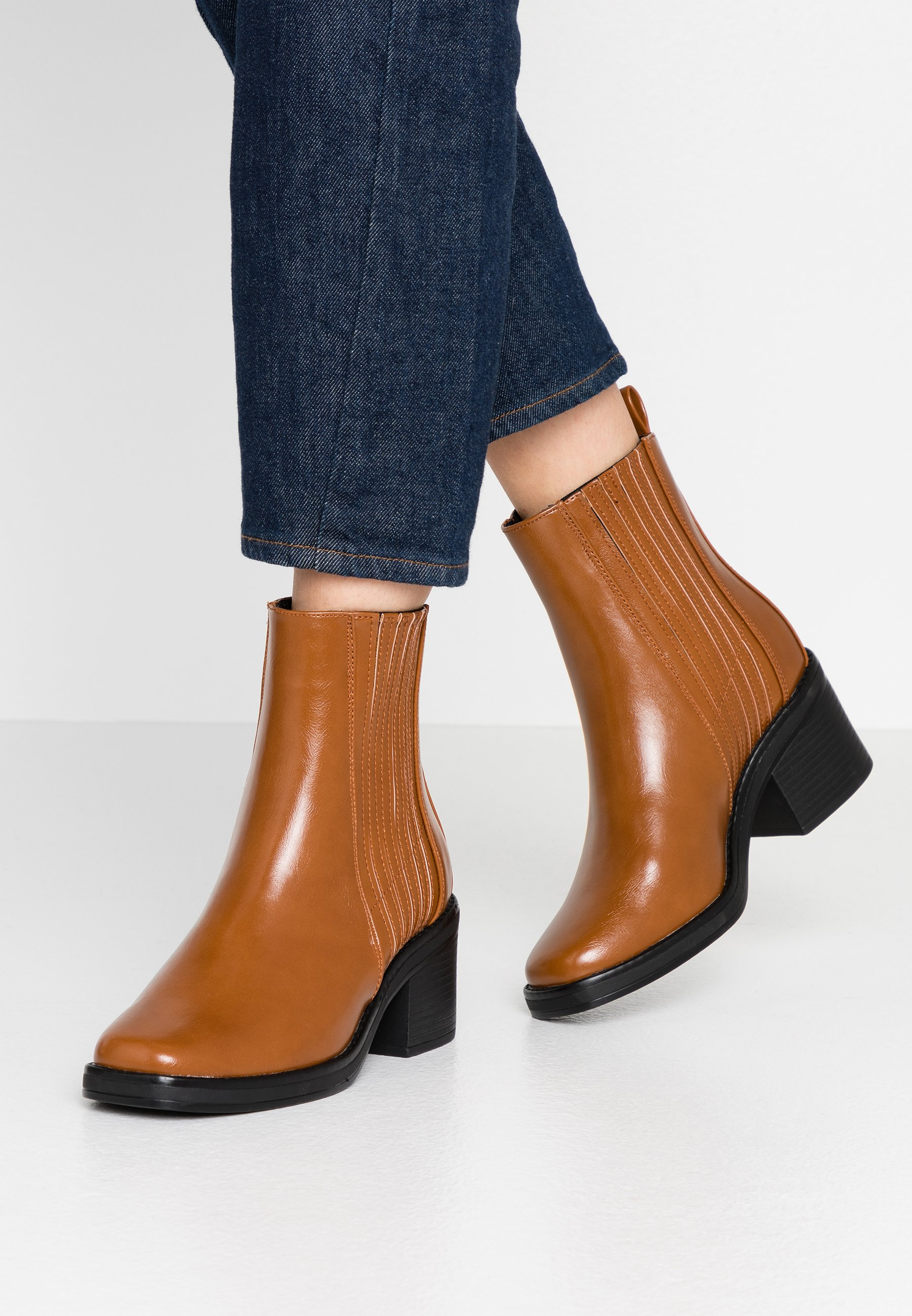 Even&Odd Classic ankle boots - cognac