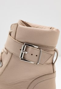 Even&Odd - LEATHER LACEUP BOOTIE - Santiags - beige - 2