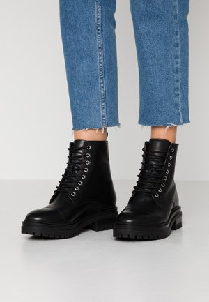 LEATHER LACEUP BOOTIE - Platform ankle boots - black