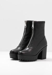Even&Odd - LEATHER PLATFORM BOOTIE  - Kotníková obuv na vysokém podpatku - black - 4