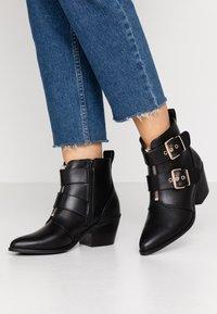 Even&Odd - Boots à talons - black - 0
