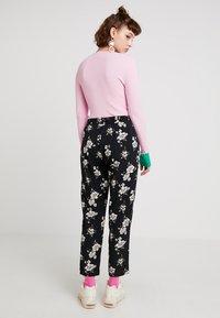 Even&Odd - Trousers - rose/black - 2