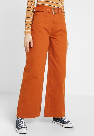 Flared Jeans - light brown