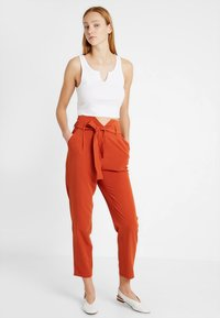 Even&Odd - Broek - rusty red as proto - 2