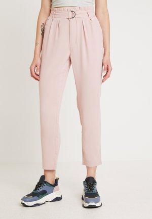Pantaloni -  rose