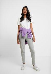 Even&Odd - Teplákové kalhoty - light grey - 2