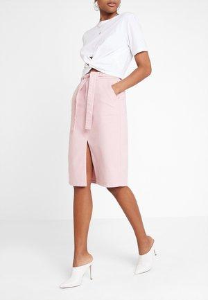 Pouzdrová sukně - mauve