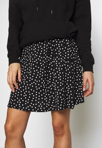 Even&Odd - BASIC - A-line skirt - white/black - 3