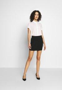 Even&Odd - BASIC- 2ER PACK MINI SKIRTS - Pencil skirt - black/peacoat - 1