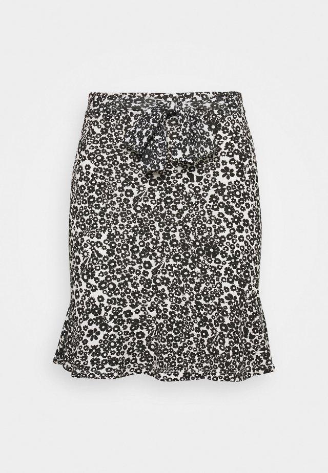 Mini skirts  - white/black