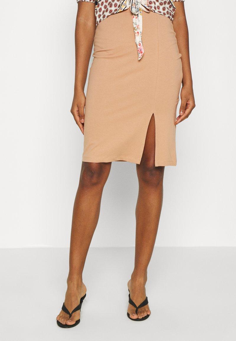 Even&Odd - BASIC - Pencil skirt with slit - Pencil skirt - camel