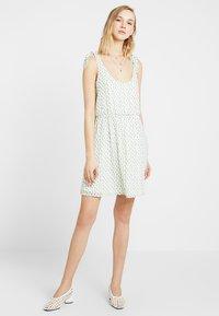 Even&Odd - Denní šaty - white green - 1