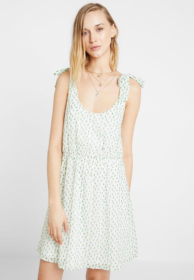 Freizeitkleid - white green