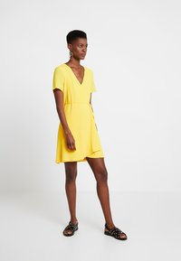 Even&Odd - Denní šaty - yellow - 1